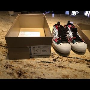 Burberry Shoes - Burberry Kingly Low Sneaker